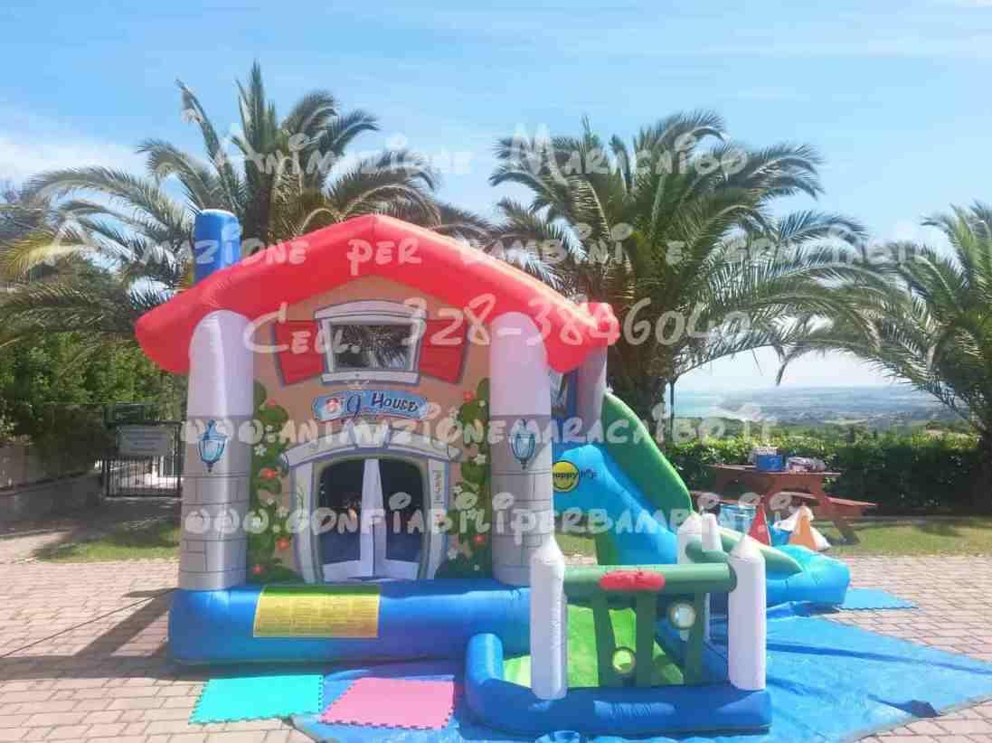 Gonfiabili Ancona Macerata Pesaro Ascoli Fermo noleggio affitto vendita giochi bambini