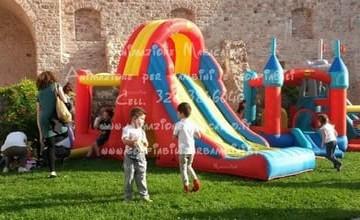 Gonfiabili affitto noleggio Ancona Jesi Osimo Castelfidardo Loreto Senigallia vendita Baraccola